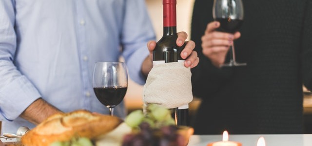 How to Organise a Successful Dinner Party